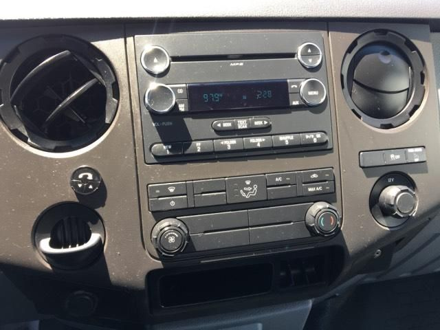 2015 Ford Super Duty F-250 SRW 2WD Reg Cab 137 XL