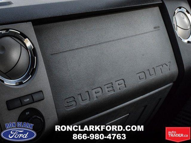 2015 Ford Super Duty F-350 DRW XLT