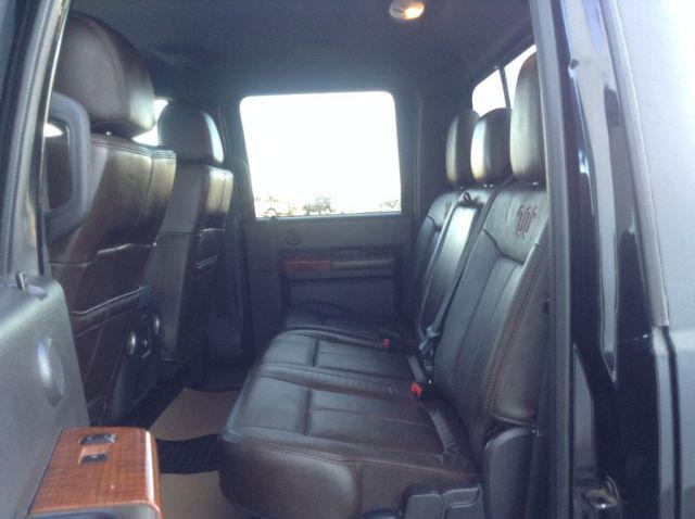 2015 Ford Super Duty F-350 DRW 4 Door Pickup