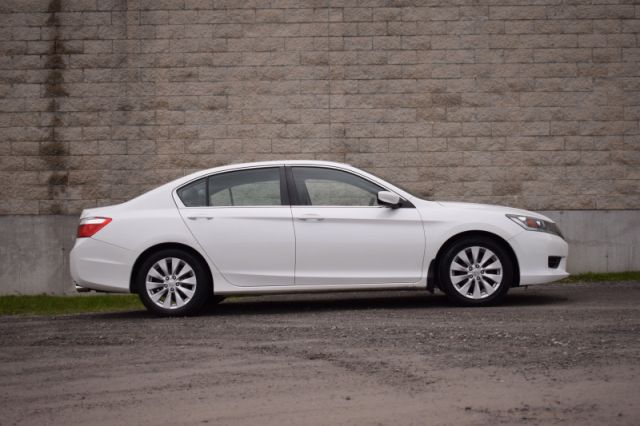 2015 Honda Accord Sedan LX  | HEATED SEATS | BACK UP CAM |