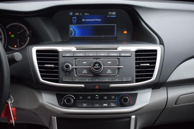 2015 Honda Accord Sedan LX    HEATED SEATS   BACK UP CAM  