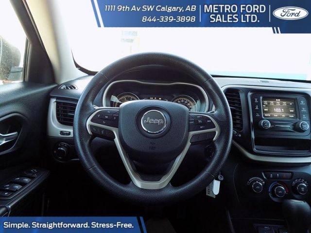 2015 Jeep Cherokee 4x2 Sport