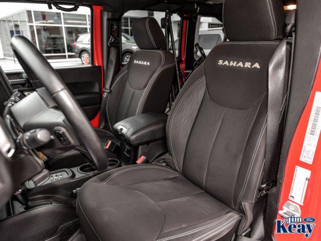 2015 Jeep Wrangler Unlimited Sahara  - Cruise Control