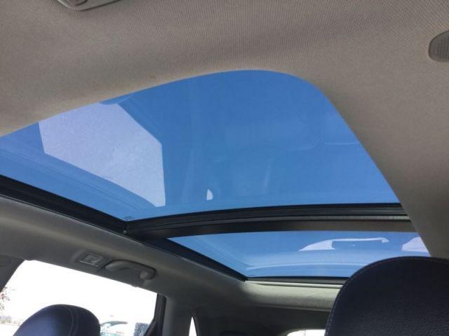 2015 Kia Sorento EX AWD Sunroof  -  - Air - Tilt - $194.43 B/W