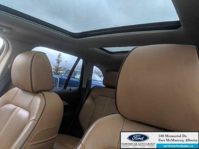 2015 Lincoln MKX AWD|3.7L|Rem Start|Panoramic Vista Roof|Nav|Wood Pkg