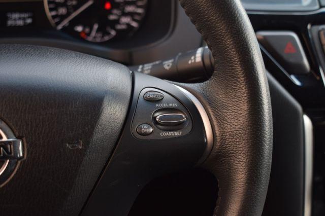 2015 Nissan Pathfinder SV  - Heated Seats