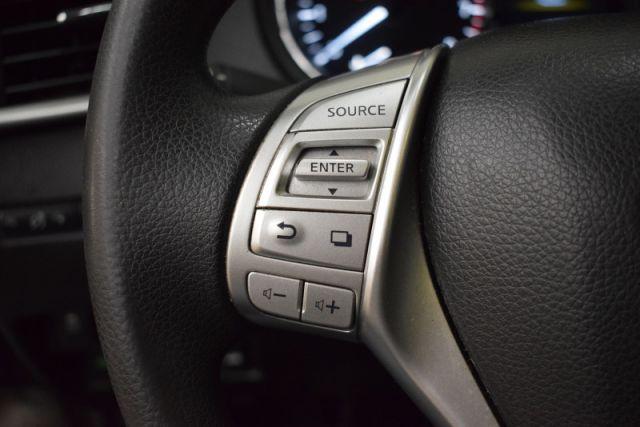2015 Nissan Rogue S  -  SiriusXM
