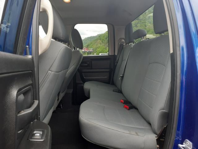 2015 Ram 1500 4WD Quad Cab 140.5 Express