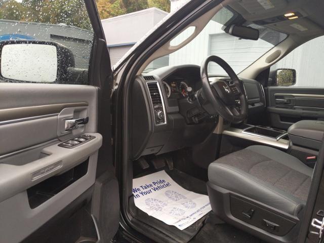 2015 Ram 1500 4WD Crew Cab 140.5 Big Horn