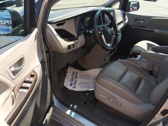 2015 Toyota Sienna 5dr 7-Pass Van XLE AWD