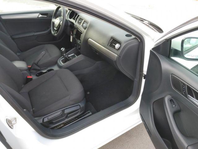 2015 Volkswagen Jetta Trendline  - $77 B/W