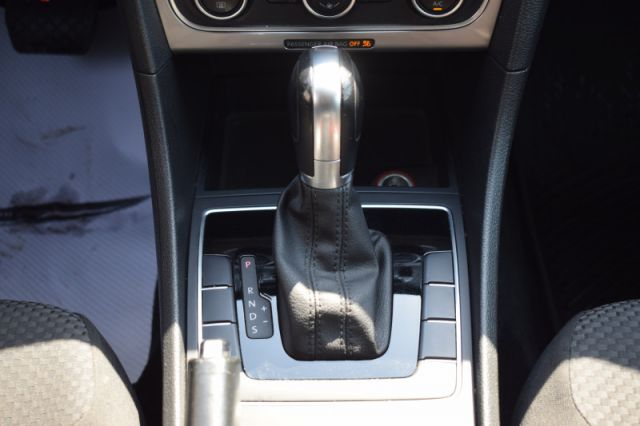 2015 Volkswagen Passat TRENDLINE  | HEATED SEATS | DUAL CLIMATE |