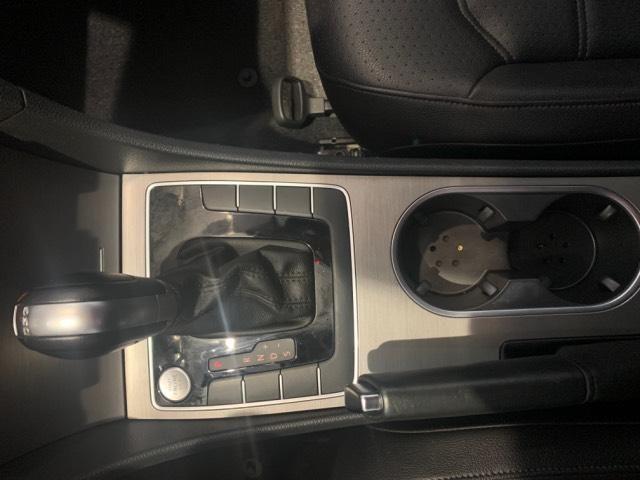 2015 Volkswagen Passat 4dr Sdn 2.0L DSG TDI SE w/Sunroof &