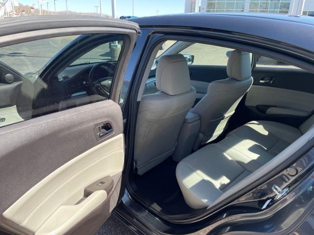 2016 Acura ILX 4dr Sdn w/Premium Pkg