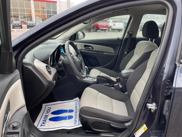2016 Chevrolet Cruze 4dr Sdn Auto LS