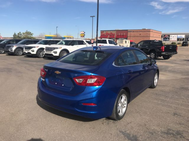 2016 Chevrolet Cruze LT  - Heated Seats -  Cruise Control