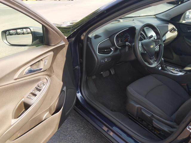 2016 Chevrolet Malibu 4dr Sdn LS w/1LS