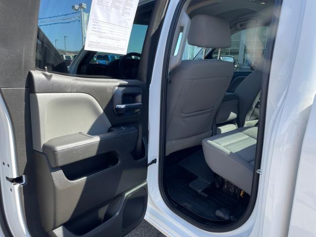 2016 Chevrolet Silverado 1500 4WD Double Cab 143.5 Custom