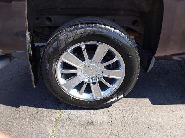 2016 Chevrolet Silverado 1500 4WD Crew Cab 143.5 High Country