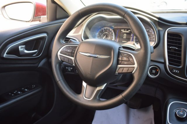 2016 Chrysler 200 LX  | CRUISE CONTROL | A/C |