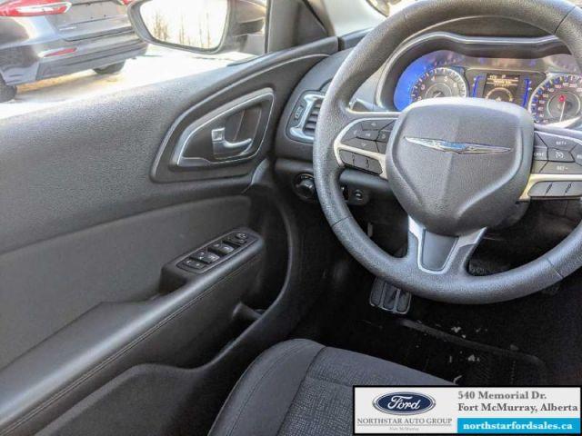 2016 Chrysler 200 LX  |2.4L|Push Button Start|Engine Block Heater