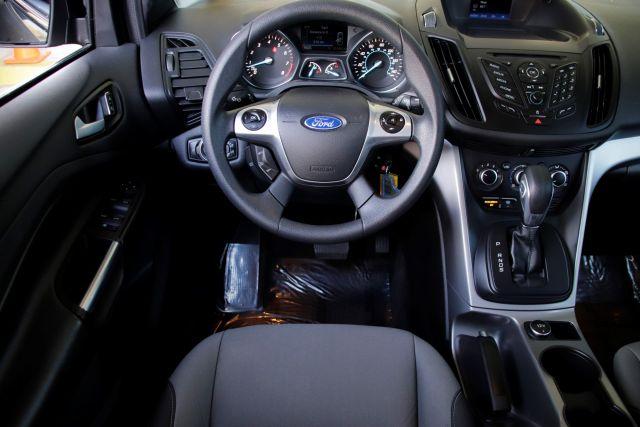2016 Ford ESCAPE SE Sport Utility