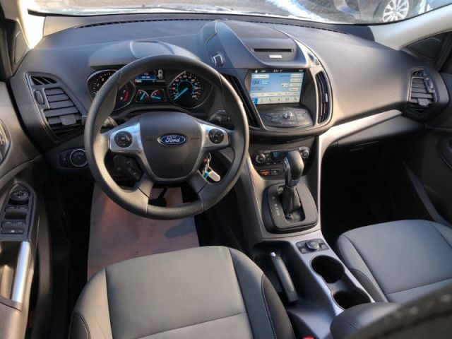 2016 Ford Escape SE  Navigation, Heated Seats, Power Seat, Keyless Entry, Blue To