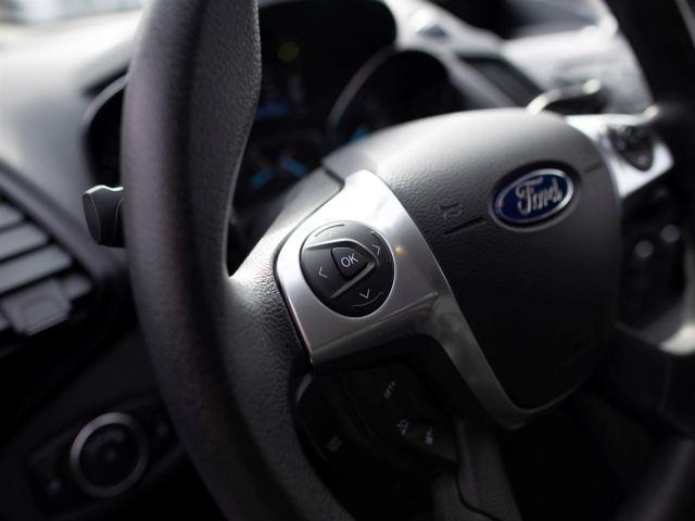2016 Ford Escape S 4WD