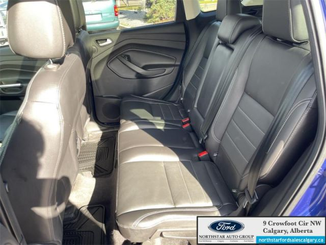 2016 Ford Escape SE  | LEATHER| MOONROOF| NAV| AWD| - $165 B/W
