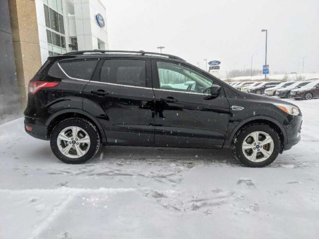 2016 Ford Escape SE 4WD  |UP TO $10,000 CASH BACK O.A.C