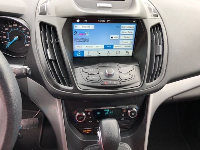 2016 Ford Escape SE  - Bluetooth -  SiriusXM -  Heated Seats - $138 B/W