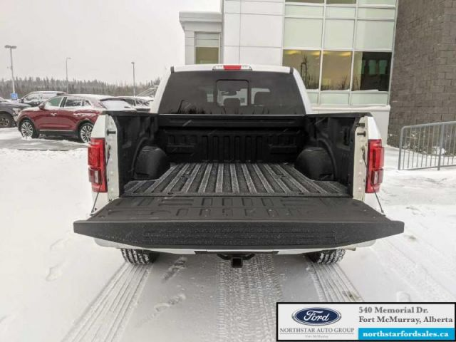 2016 Ford F-150 Lariat  |5.0L|Rem Start|Nav|Twin Panel Moonroof