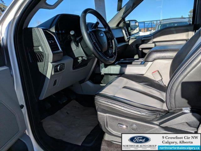 2016 Ford F-150 XLT  |5.0L| LEATHER| HEATED SEATS| NAV| SYNC 3| - $260 B/W