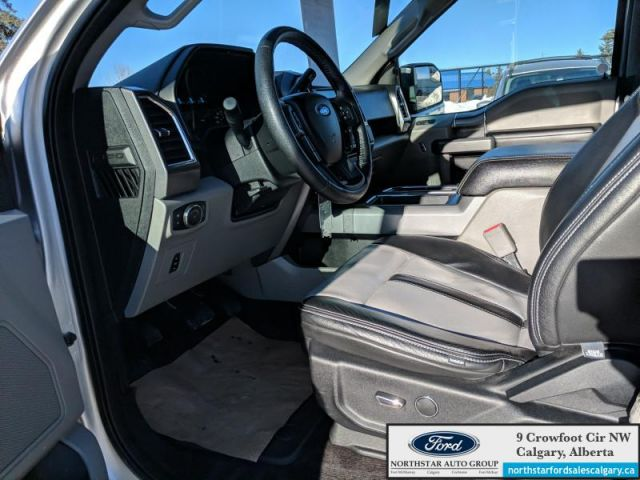 2016 Ford F-150 XLT  |5.0L| LEATHER| HEATED SEATS| NAV| SYNC 3| - $260 B/W