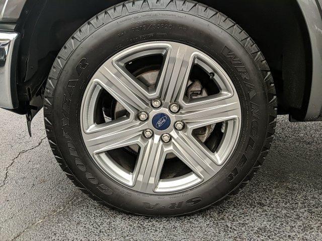 2016 Ford F-150 4WD SuperCrew 145 Lariat