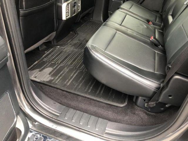 2016 Ford F-150 LARIAT- LOW MILES/ NAV