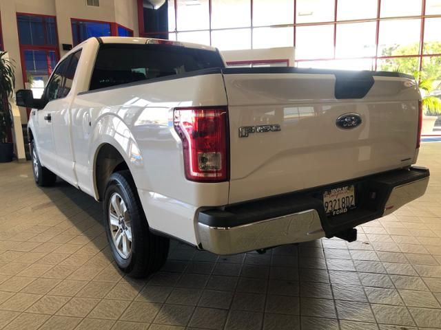 2016 Ford F-150 2WD SuperCab 145 XLT