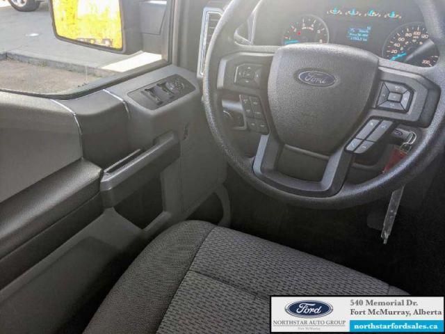 2016 Ford F-150 XLT   5.0L Rem Start  Black Platform Running Boards Tailgate Ste