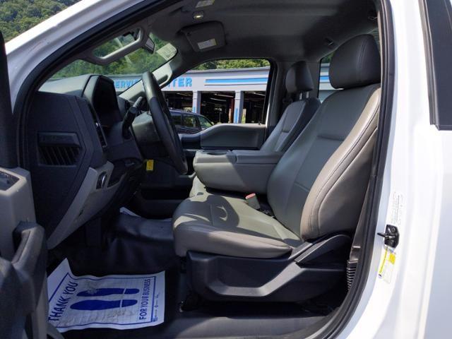 2016 Ford F-150 2WD Reg Cab 122.5 XL