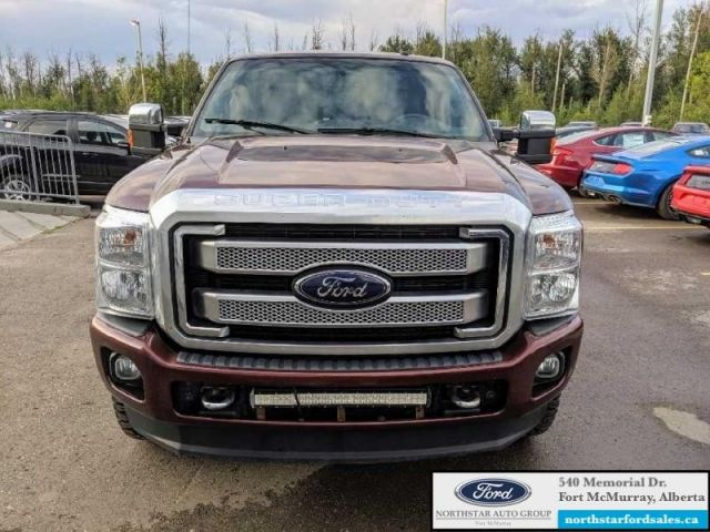 2016 Ford F-350 Super Duty Platinum  |6.7L|Rem Start|Nav|Moonroof|FX4 Offroad Pkg
