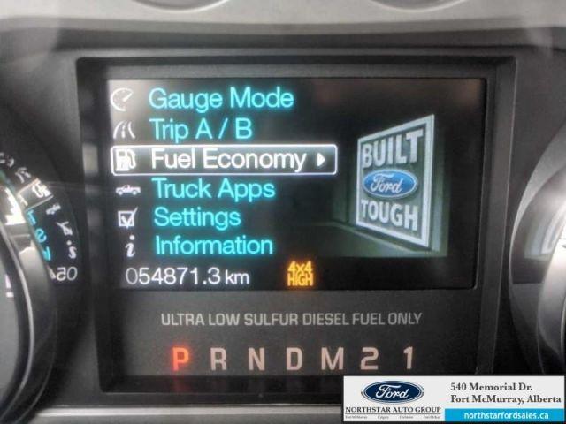2016 Ford F-350 Super Duty Platinum  |6.7L|Rem Start|Nav|Moonroof|FX4 Offroad Pkg