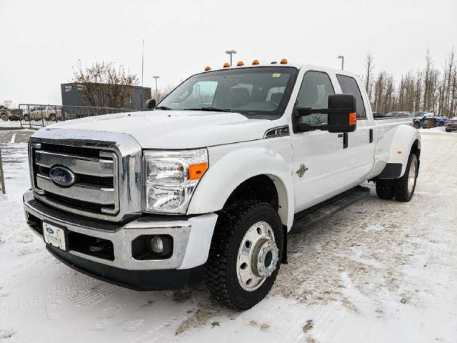 2016 Ford F-450 Super Duty XLT  |2 YEARS / 40,000KMS POWERTRAIN WARRANTY INCLUDED