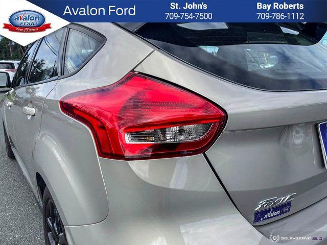 2016 Ford Focus Hatchback SE