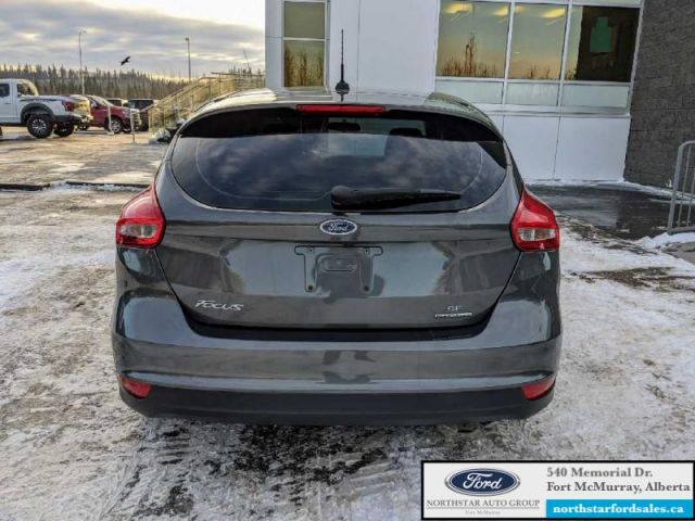 2016 Ford Focus SE Hatch   CERTIFIED PRE-OWNED