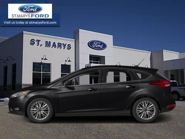 2016 Ford Focus Titanium  - Navigation - Sunroof - $111 B/W