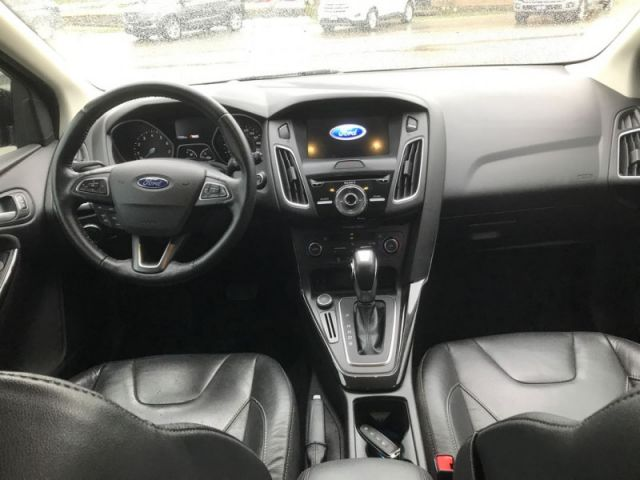 2016 Ford Focus Titanium  - Navigation - Sunroof - $127 B/W