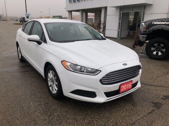 2016 Ford Fusion S  - Bluetooth -  SYNC - $113.98 B/W