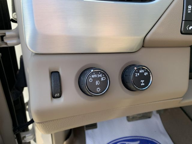 2016 GMC Yukon XL SLT XL SLT ..Low Kms