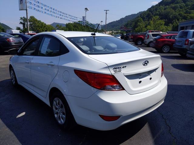 2016 Hyundai Accent 4dr Sdn Auto SE