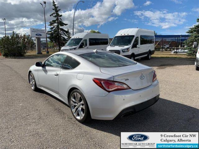 2016 Hyundai Genesis Coupe 3.8 GT  - $181 B/W